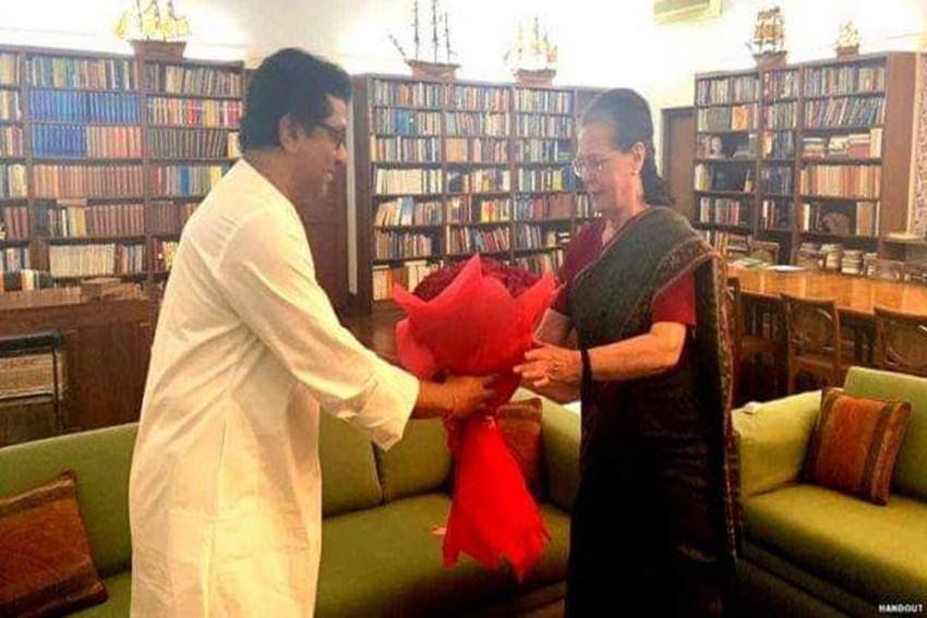 Raj Thackeray Meets Sonia Gandhi, Discusses EVMs, Maharashtra Politics