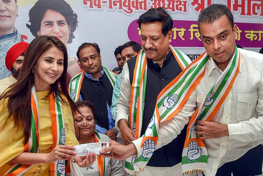 Urmila Matondkar's Letter Flaying Sanjay Nirupam's Aides Surfaces Amid Feud In Mumbai Congress