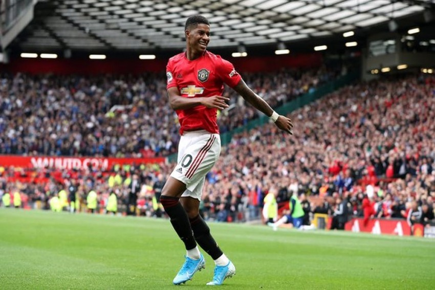 Premier League: Marcus Rashford, Anthony Martial On Fire As Manchester United Hammer Chelsea