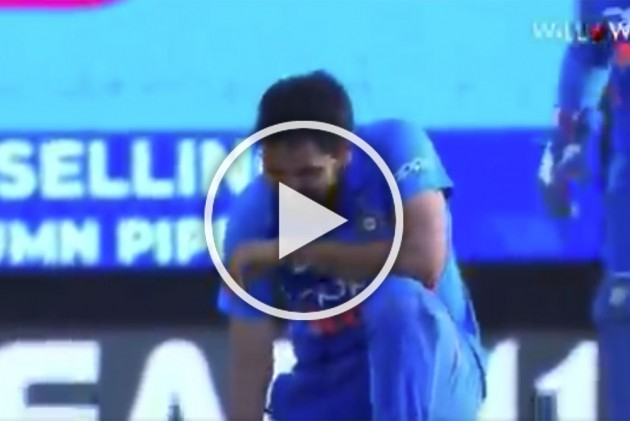 WI Vs IND, 2nd ODI: A Blinder Tops Up Bhuvneshwar Kumar's Love Affair With Port Of Spain – WATCH