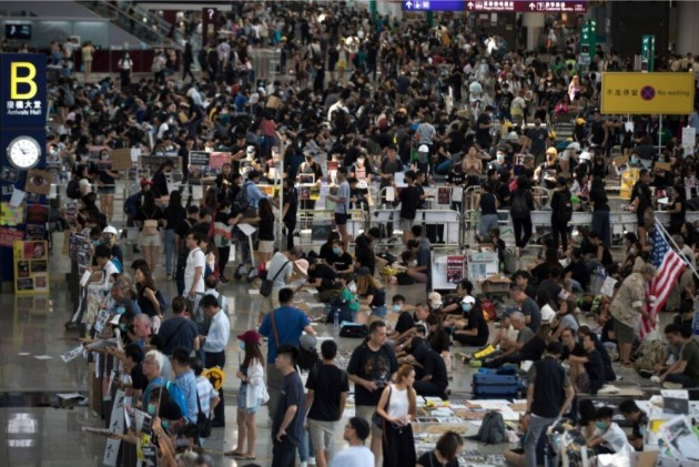 Hong Kong Airport Suspends All Check-ins After Protests