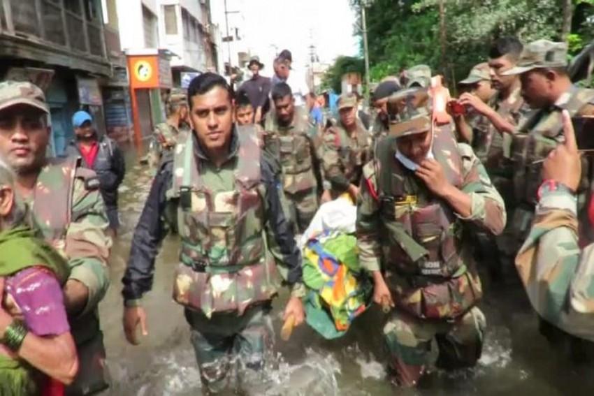 Karnataka: As Army Jawans Get Ready To Leave, Villagers In Tears In Flood-Hit Chikkamagaluru