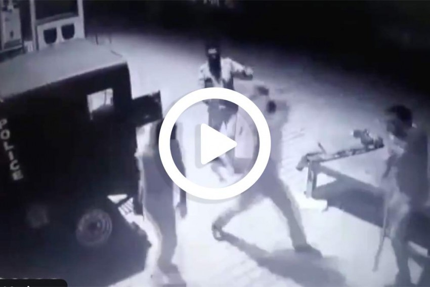 Watch: Two Policemen Thrash Each Other Allegedly Over Bribe In Prayagraj Of UP