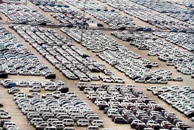 Automobile Sales In India See Sharpest Fall 19 Years in July; 15,000 Workers Lose Jobs