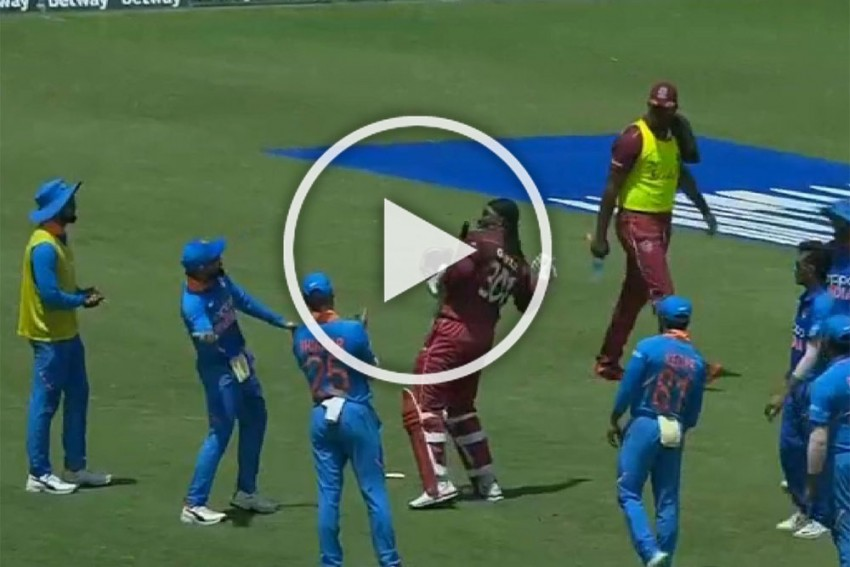 West Indies Vs India, 3rd ODI: Goodbye, Chris Gayle! Indian Cricketers Give The Most Fitting Farewell To Universe Boss – WATCH