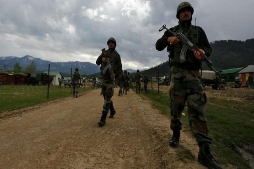 Pakistan Summons Indian Diplomat Over 'Ceasefire Violations'