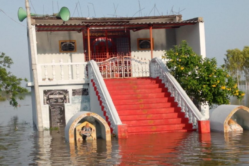 Over 17,000 People In 87 Villages In Andhra Pradesh Affected By Krishna Floods