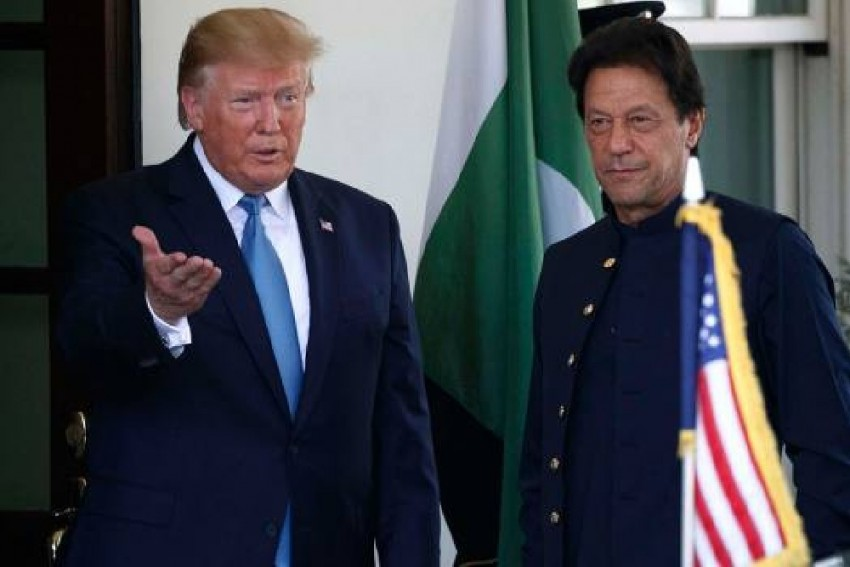 Trump Asks Pakistan PM Imran Khan To Resolve Tensions With India Through Bilateral Dialogue