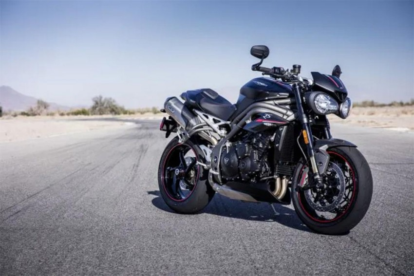 2020 Triumph Speed Triple: More Speed, More Power, More Electronics