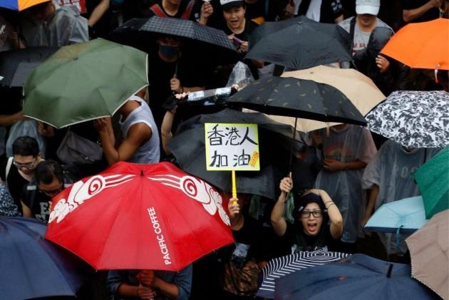Trump Warns Tiananmen-style HK Crackdown Would Harm Trade Deal