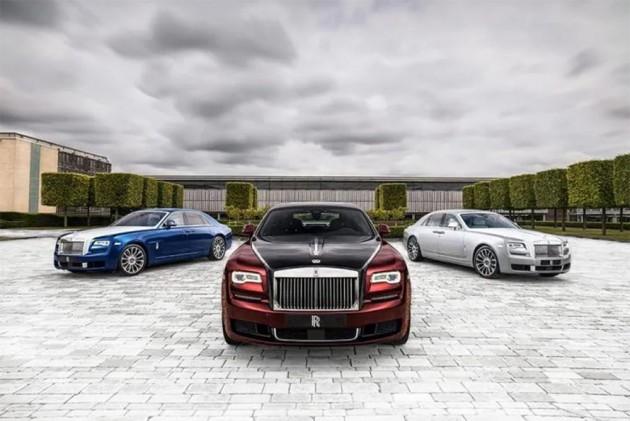 Rolls Royce Ghost Bids Farewell With An Uber Luxurious Zenith Edition