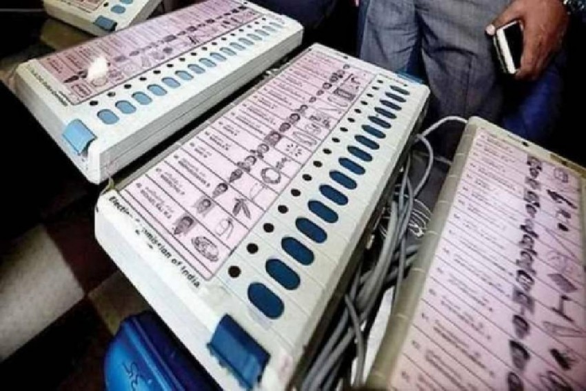 Raising Concerns Over EVMs, Maharashtra Opposition Demands Use Of Ballot Paper Ahead Of Polls