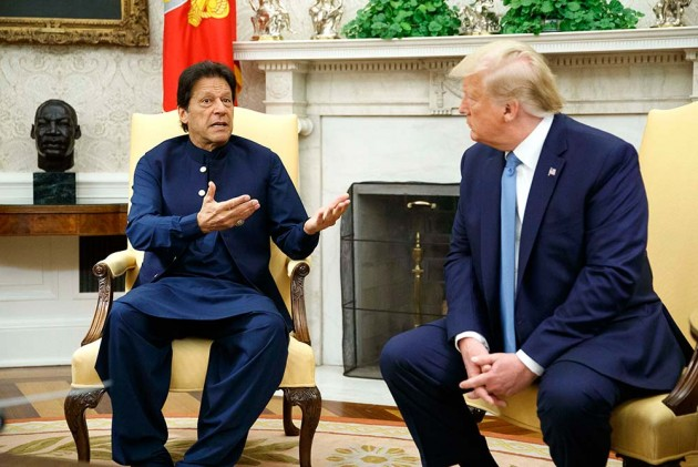 'Moderate Rhetoric With India': Donald Trump Tells Imran Khan After Phone Call With PM Modi