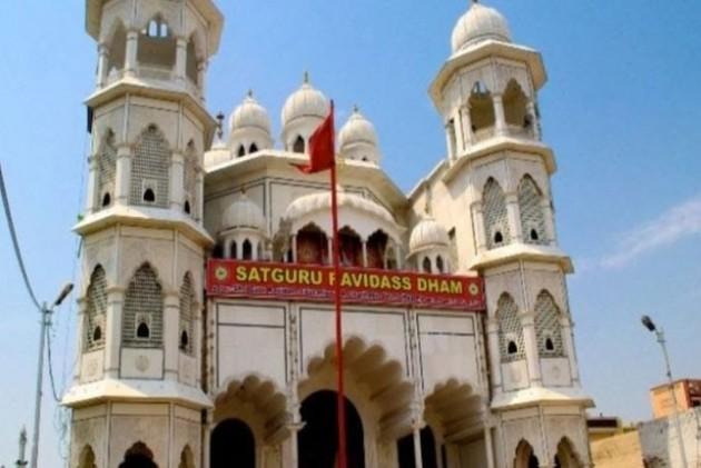 Thousands Of Dalits Protest Against Demolition Of 'Ravidas Temple' In Delhi, Chant 'Jai Bhim'