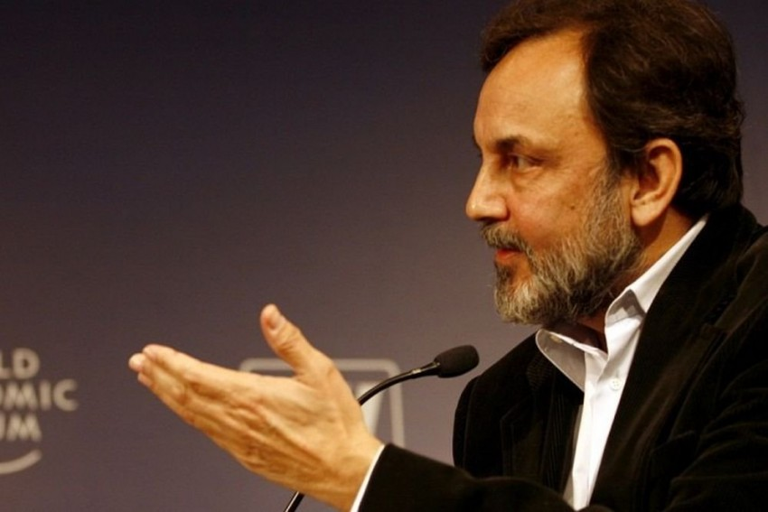 CBI Books NDTV Founder Prannoy Roy, Wife, Others For Alleged FDI Norms Violation