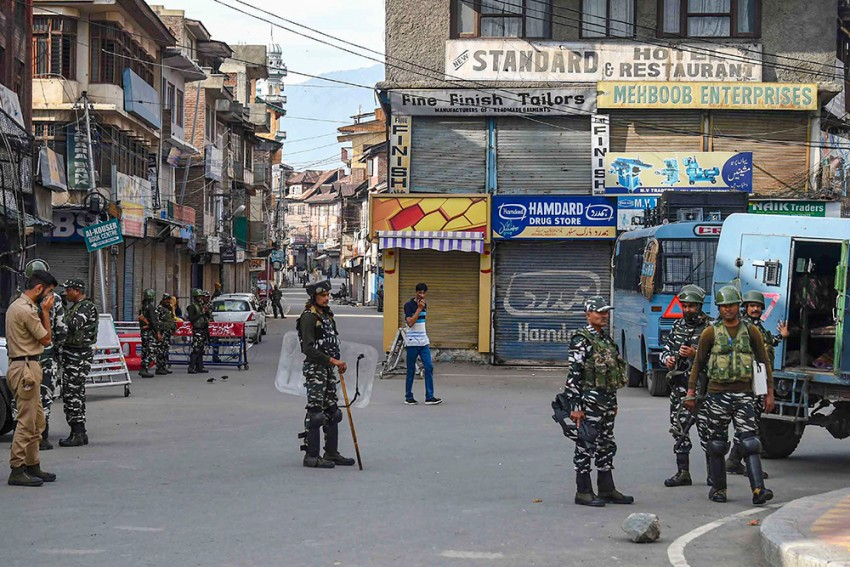 OPINION | 'Puppets On A Chain, Kashmir's 'Pro-India' Parties NC, PDP Dug Their Own Grave'