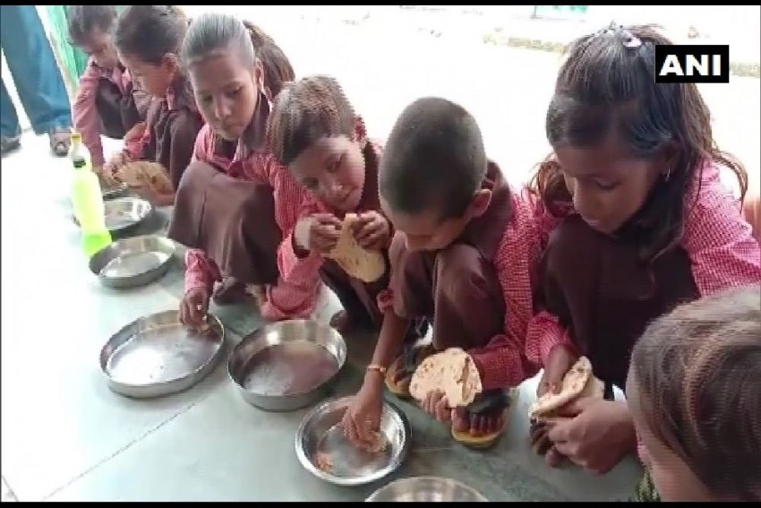 Roti Served With Salt As Mid-Day Meal For Primary School Students In UP