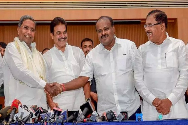 Karnataka: Political Slugfest Erupts Between Congress, JD(S) As Siddaramaiah, Deve Gowda Trade Barbs