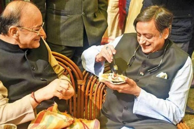 Shashi Tharoor Pens Tribute, Says Arun Jaitley Was Every Non-BJP Person's Favourite BJP Person