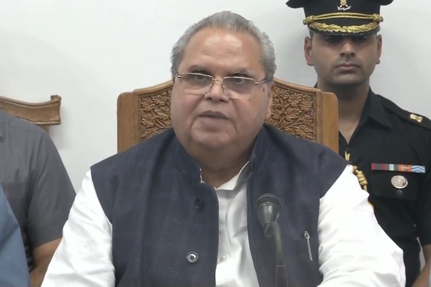 'Internet A Weapon Used By Terrorists, Pakistanis Against India': J&K Governor Satya Pal Malik