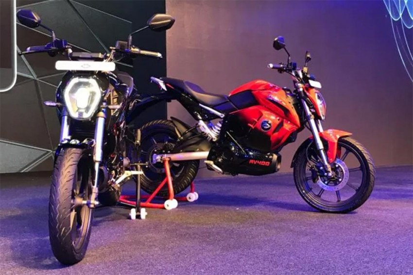 New Bike Launches In August: Revolt RV 400, Bajaj Pulsar 125, Benelli Leoncino & More!