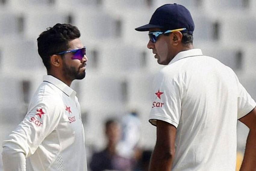 West Indies Vs India: Ravi Shastri Goes Extra Mile To Explain Ravindra Jadeja's Selection Over Ravichandran Ashwin