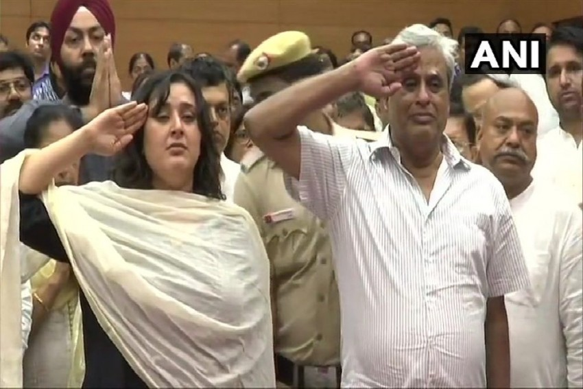 Husband, Daughter Bid Farewell To Sushma Swaraj With A Salute