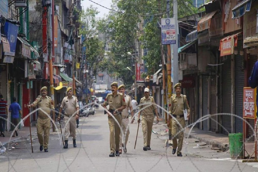 Amid Curfew In Kashmir, Indefinite Restrictions Imposed On Large Gatherings In Kargil