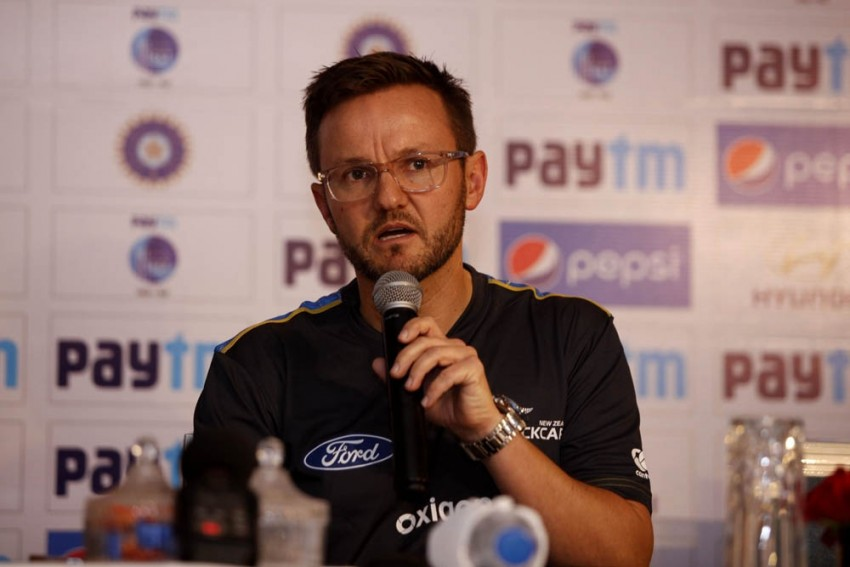 Former New Zealand Head Coach Mike Hesson Quits Kings XI Punjab