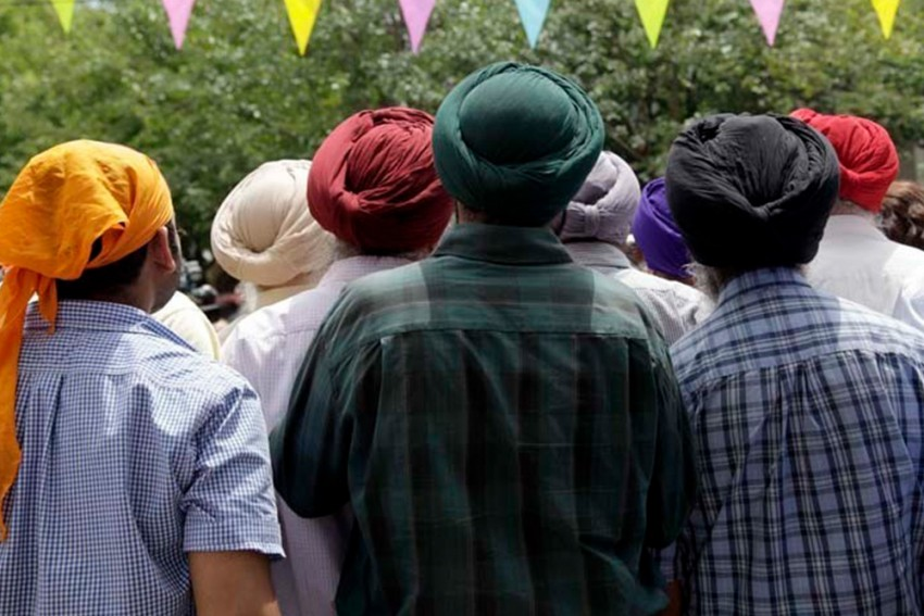 Govt Removes Names Of 312 Sikh Foreign Nationals From Blacklist