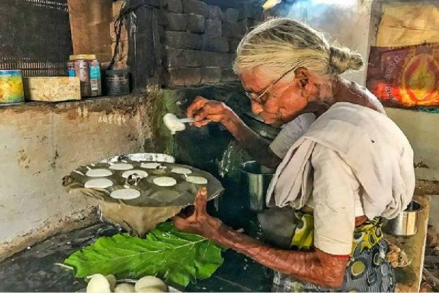 From Firewood To Cooking Gas, This 85-Year-Old Woman Who Sells Idli For Re 1 Comes A Long Way