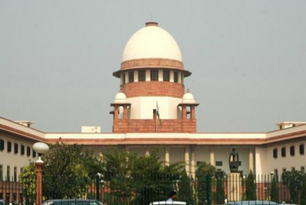 Need To Decide Issue Of Linking Social Media With Aadhar At The Earliest: SC