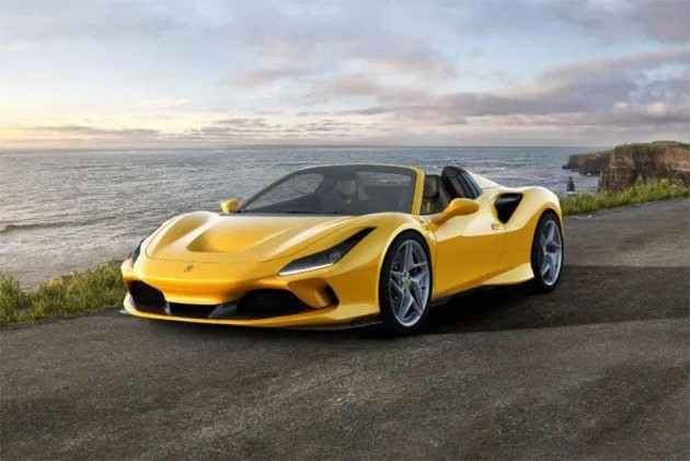 Ferrari F8 Tributo Gets New Spider Version With 700PS Of Power!