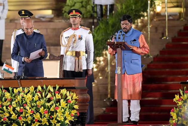 Stop War-Mongering, Hand Over PoK To India: Union Minister Ramdas Athawale Tells Pakistan