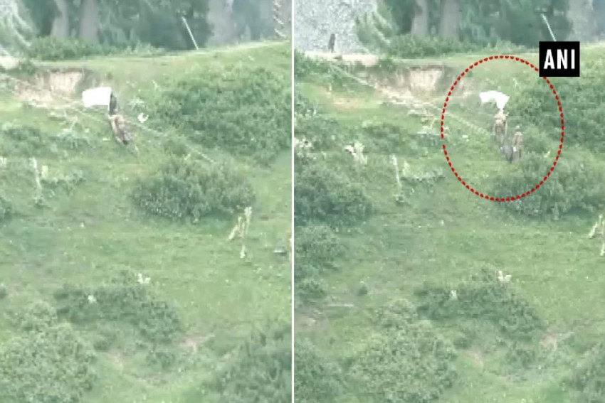 Pakistan Army Raises White Flag To Retrieve Bodies Of Soldiers Near LoC