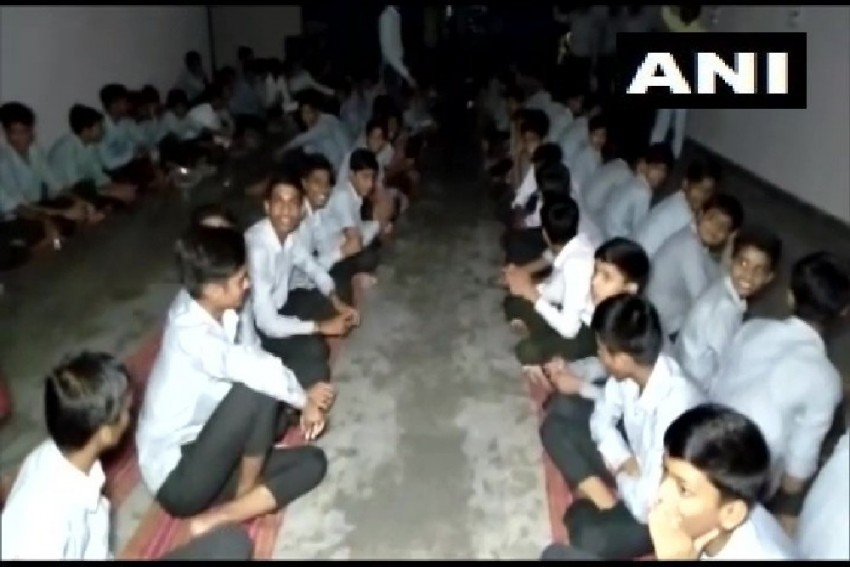 350 Students, 50 Teachers Trapped In School Due To Flood In Chittorgarh