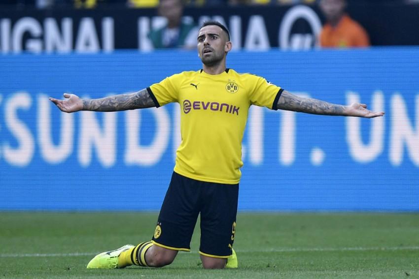 Ahead Of UEFA Champions League Reunion, Borussia Dortmund Striker Paco Alcacer Accuses Barcelona Of Ill Treatment