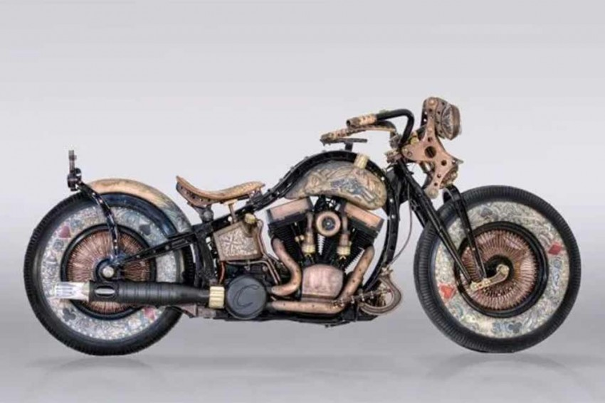 This Custom Harley Should Come With A 'Mature' Rating!