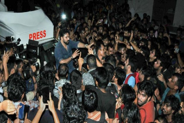 'Pulled By Hair': Babul Supriyo Heckled, Trapped In Jadavpur University, Governor Comes To Rescue