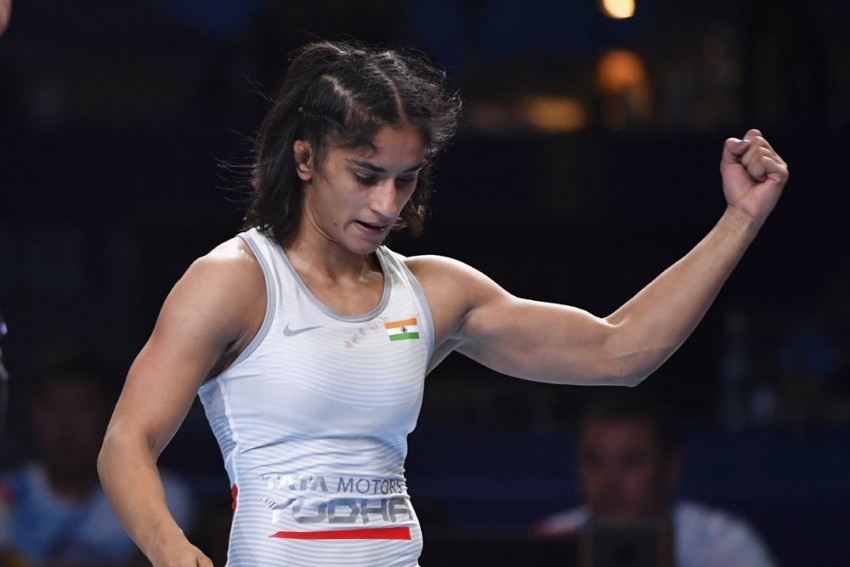 World Wrestling Championships: Doing My Best To Win Gold Medal In 2020 Olympics, Says Vinesh Phogat – WATCH