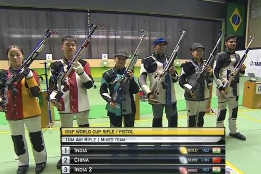 ISSF Shooting World Cup: Apurvi Chandela, Deepak Kumar Shoot Mixed Team Air Rifle Gold