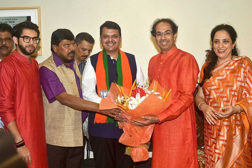 Maharashtra Polls: BJP-Sena Will Contest Jointly, I Will Return As CM, Says Devendra Fadnavis