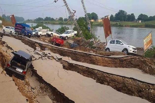 26 Dead, 300 Injured As Strong Earthquake Jolts Pakistan-Occupied Kashmir