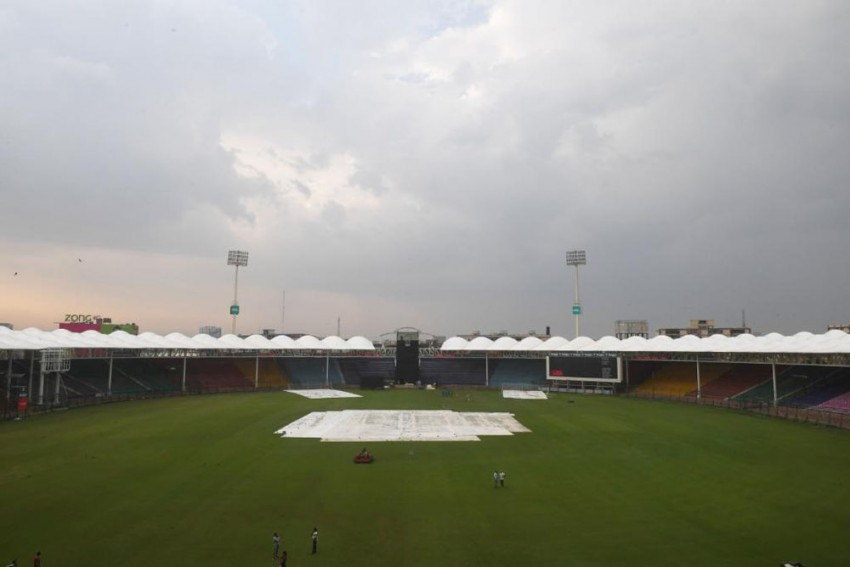 Pakistan vs Sri Lanka, 1st ODI, Karachi: Match Abandoned Due To Rain