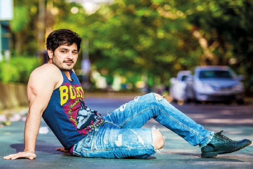 Bigg Boss Telugu 3: Ali Reza Enters As A Wild Card, Here's How Housemates React