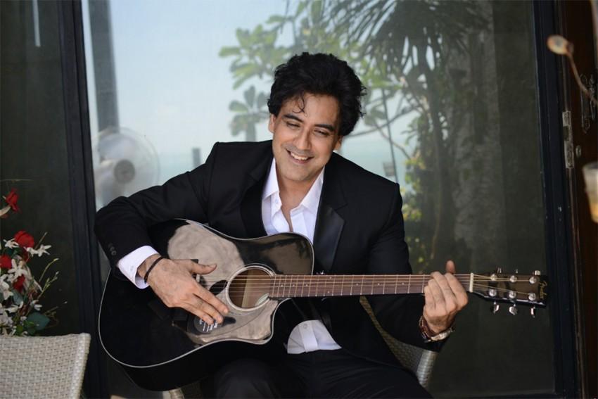 Will Join Bigg Boss If Allowed To Speak Freely, Says <em>Band Of Boys</em> Member Karan Oberoi