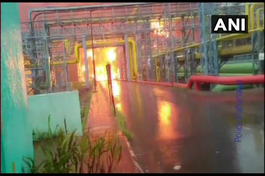4 Killed In Massive Fire At ONGC Gas Plant In Navi Mumbai; PNG, CNG Supply Severely Hit