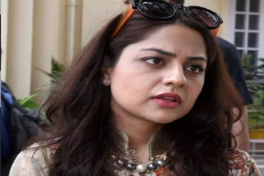 SC Allows Mehbooba Mufti's Daughter Iltija To Meet Her In Srinagar