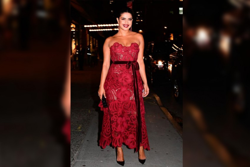 Priyanka Chopra Paints The Town Red As She Attends Vanity Fair's Best Dressed Party
