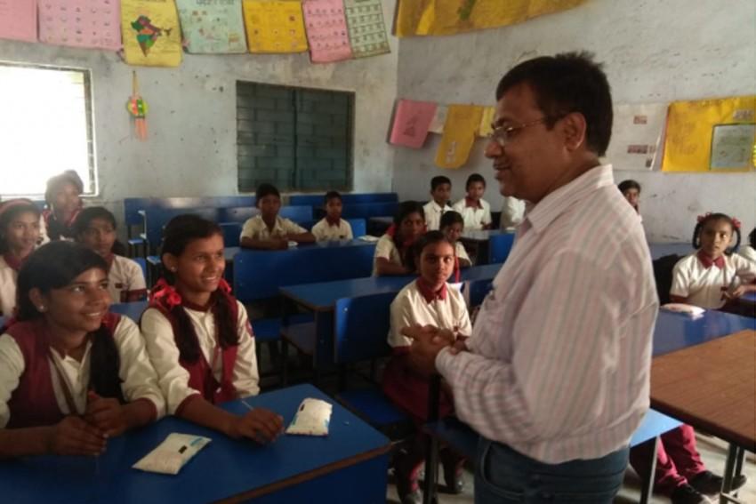 PM Giftmilk Scheme Has Jharkhand Government School Principals Squabbling